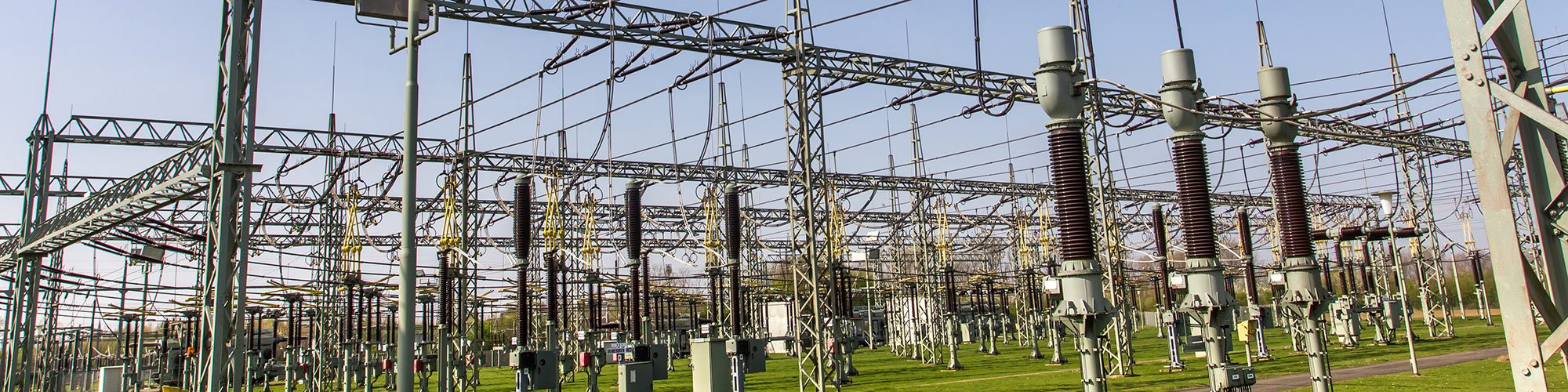 Operating transformer stations safely